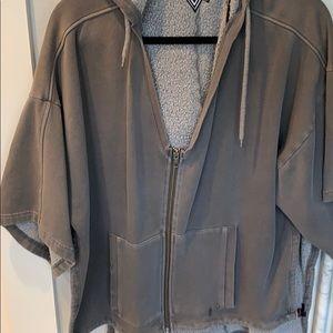 Volcom short sleeve sweatshirt in gray, SZ S